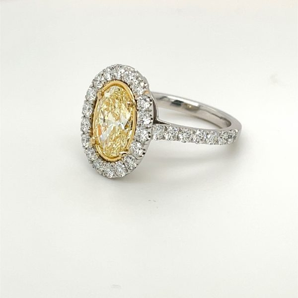 GIA Certified Oval Yellow Diamond Ring 2.05 carats Plat/18KYG